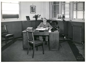 WJ Cryer Printers Marriott St Redfern 1939 MDs office